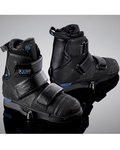 CWB AA Wakeboard Boots Size 10-11 CLOSEOUT